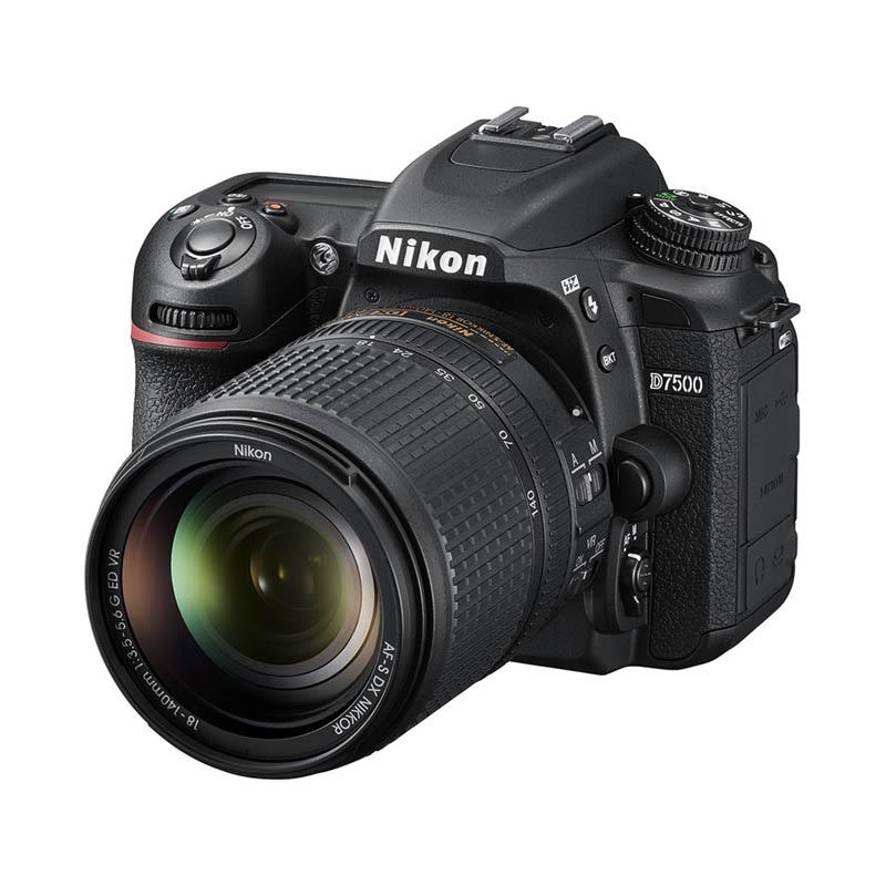 Nikon D7500 Body & AF-S DX 18-140 G ED VR