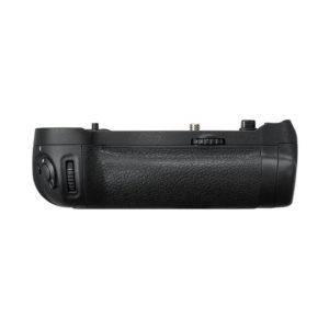 Nikon MB-D18